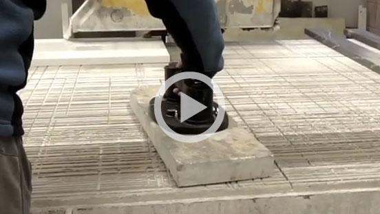 Lifting stonework