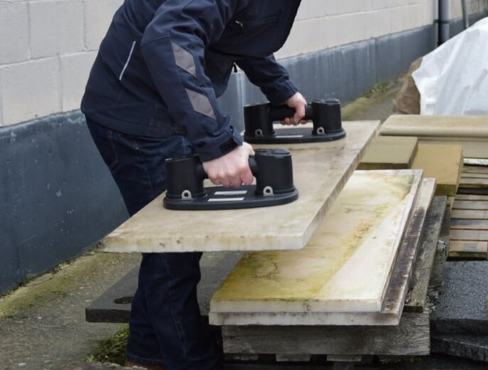 Using two Grabos to lift a heavy worktop